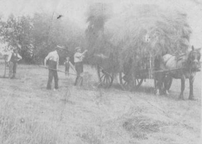 Gathering_the_Hay_in_Marston