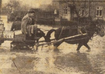 Milk_Delivery_in_Flooded Marston
