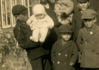 Webb Family Old Marston 1931