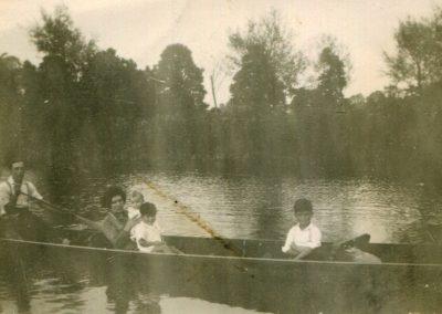 Webb Family River Cherwell Summer 1932
